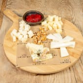 Tabla de quesos: payoyo, pata de mulo, vidiago y azul