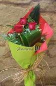 Ramo Tres Rosas Rojas