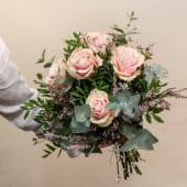 Ramo romántico 5 Rosas rosadas