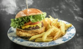 Cheese Burger Piccolo (150 gr)