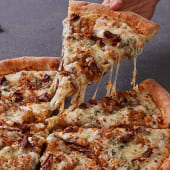 Pizza Blue Cheese & Pulled Beef Mediana
