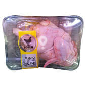 Gallina media limpia fresco