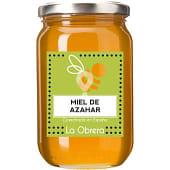 Miel de azahar cosechada en España