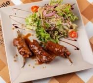 Телятина з овочами і салатом (300г)
