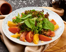 Салат з лососем (220г)