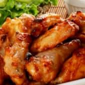 Alitas y muslitos de pollo