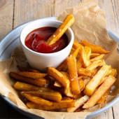 Картопля фрі з кетчупом (150/30г)