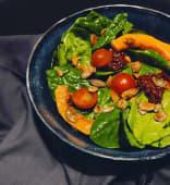 Салат з печеним гарбузом