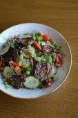 "Стейк салат с овощами под соусом ""Sweet chili"" (265гр.)"