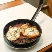 Huevos Fritos Con Patatas (Ración)