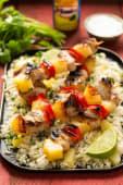 Menú plato kebab pollo con patatas, arroz y bebida