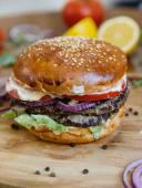 Двойной Гамбургер говяжий