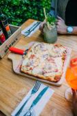 Pizza fugazzeta especial (5 porciones)