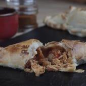 Empanada de pollo chimichurri