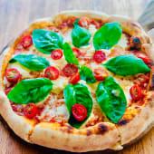 Pizza burrata (6 porciones) (25% de descuento)