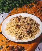 Спагеті з куркою і овочами (220г)