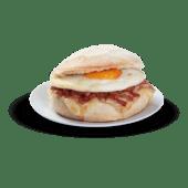 Mollete de huevo, bacon y queso