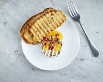 Camembert grillowany