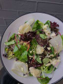 Салат з грушею та Горгонзолою