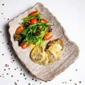 Жареный язык в сливочно-горчичном соусе