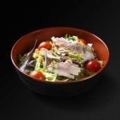 Salade de thon mi-cuit, cacahuètes et citronnelle