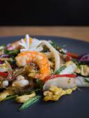 Смажена фунчоза з морепродуктами (250г)