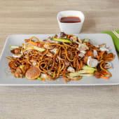 Chow mein grill wok s kozicama i povrćem