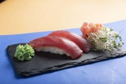 Nigiri z tuńczykiem 2szt. 60g