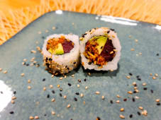 Spicy atún crunch roll (8 uds.)