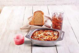 Combo spaghetti de tocino/champiñón + Pan + Helado de 1 bola + Bebida