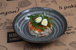 Салат Олів'є з тартаром з лосося (180г)