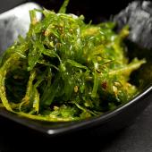 Ensalada alga wakame