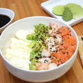 Chirashi salad salmón, langostinos, palta y Philadelphia