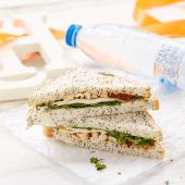 Sandwich pollo y mozarella