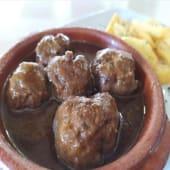 Albóndigas De Carne En Salsa A La Cerveza Negra (Ración)