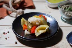 Salata asortata de muraturi