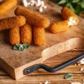 მოცარელას ჩხირები 6 ც/Mozzarella Sticks 6 pcs