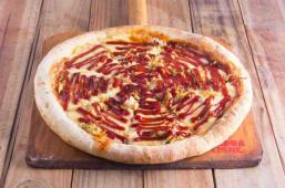 Pizza de chicken BBQ