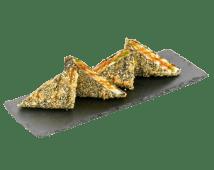 Гарячий рол-сендвіч з лососем і авокадо (220г)