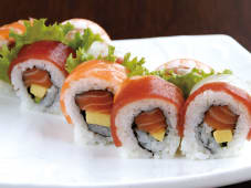 Uramaki Rainbow Roll