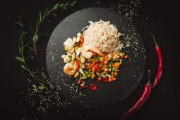 Рис з тигровими креветками (370г)