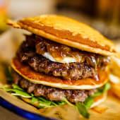 Tower Burger + Patatas