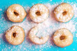 Пончики з цукровою пудрою (12шт)