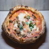 Pizza cotto e funghi porcini