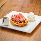Waffle con nutella e fragole