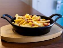 Batatas Fritas com Bacon e Cheddar