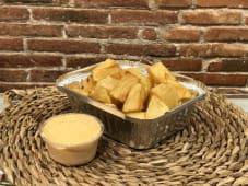Patatas bravas picantes pequeñas