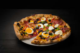 Pizza Taraneasca 1 + 1 gratis