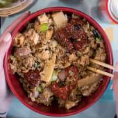 A lo si toh (arroz blanco con verdura fresca y huevo)
