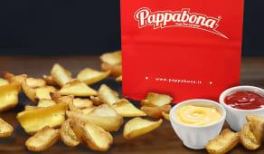 Patatine fritte grandi con ketchup e maionese